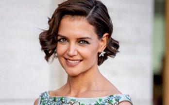 Голливудскую актрису запечатлели в метро