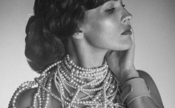 Певица Даша Астафьева снялась в пикантной фотосессии