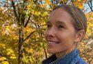Ведущая Екатерина Осадчая прогулялась без макияжа