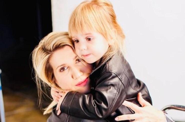 Ведущая Анита Луценко впервые показала дочку
