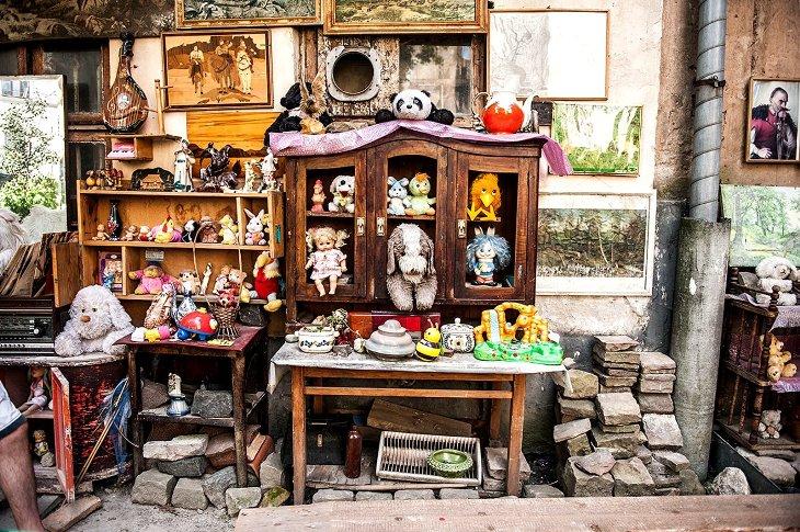 Двор забытых игрушек