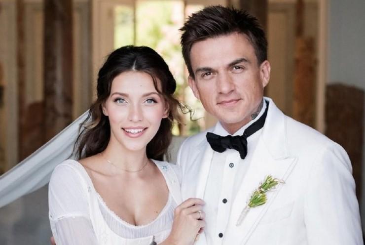 Регина Тодоренко умилила поклонников видео со свадьбы