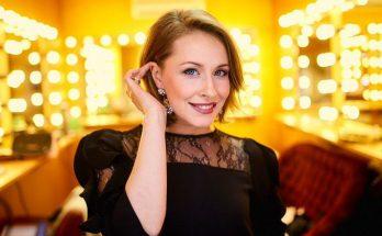 Елена Кравец показала двойняшек в их день рождения