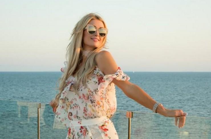 Пэрис Хилтон планирует обосноваться на Закарпатье