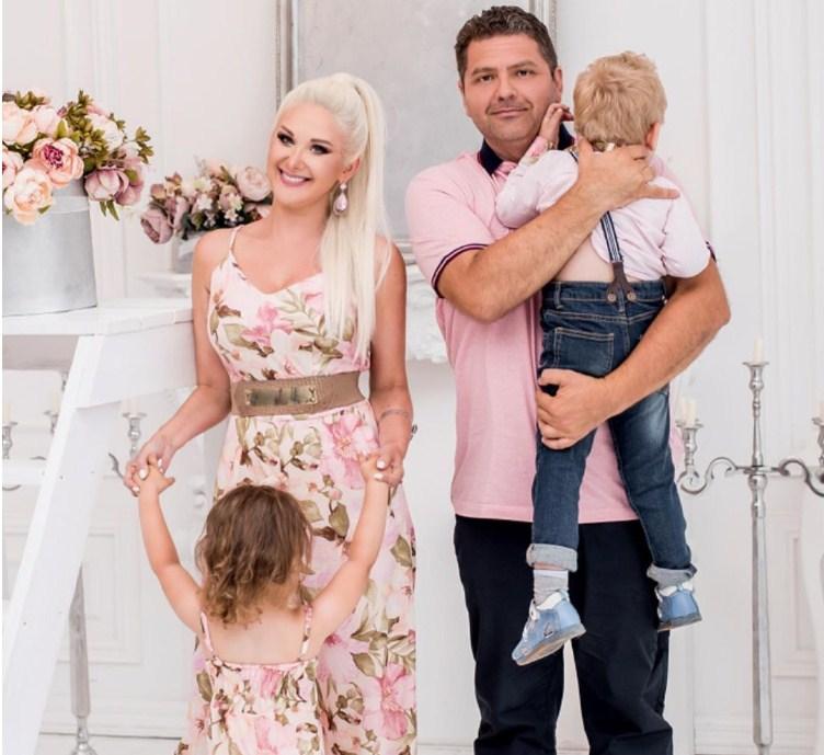 Екатерина Бужинская очаровала семейной фотосессией