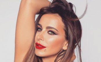 С макияжем и в халате: Ани Лорак опубликовала новое фото
