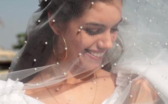 Снова невеста: Александра Кучеренко в роскошном свадебном платье