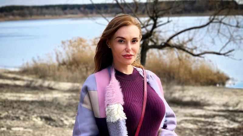 Слава Каминская снова заставила подписчиков обсуждать ее