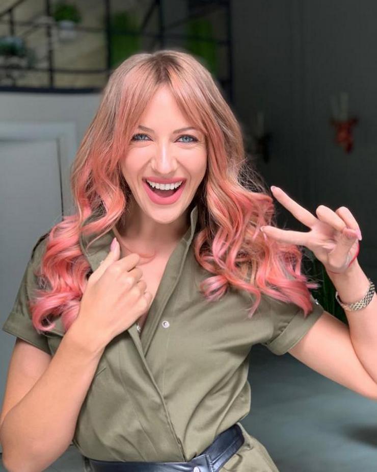 Леся Никитюк поменяла цвет волос