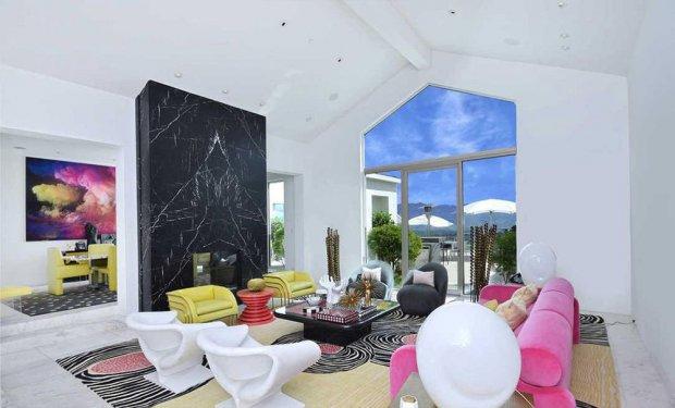 Гвен Стефани продала свой роскошный футуристический особняк
