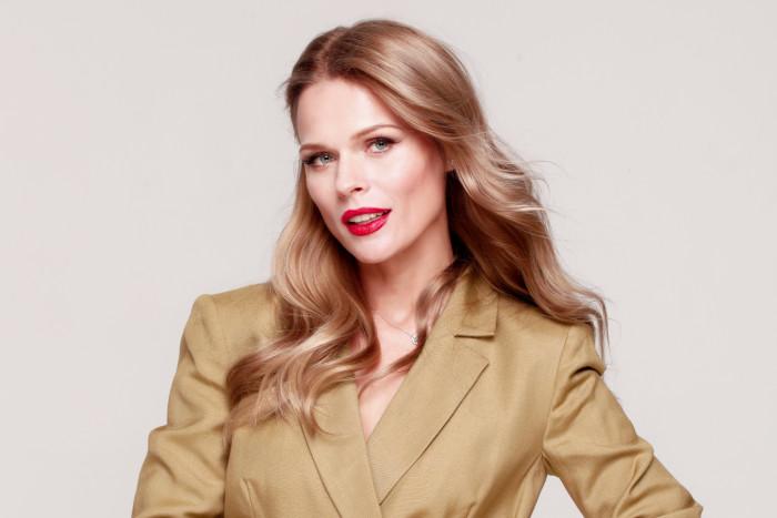 Прекрасная Ольга Фреймут в новом образе: свежо и стильно