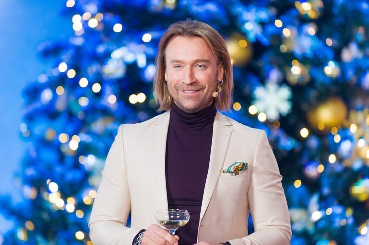 Певец Олег Винник признался, где проведет новогодние праздники