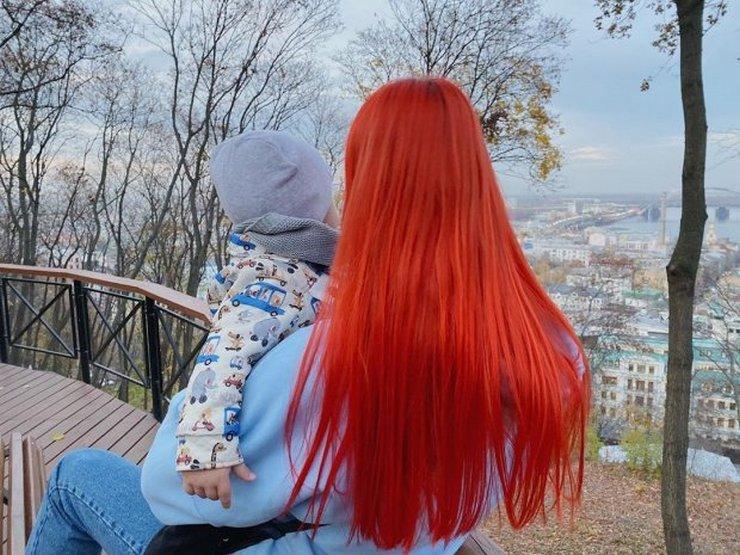 Певица Светлана Тарабарова в первый раз показала лицо сына