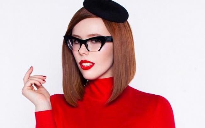 Ярко: Соня Плакидюк поделилась снимками в стильном образе