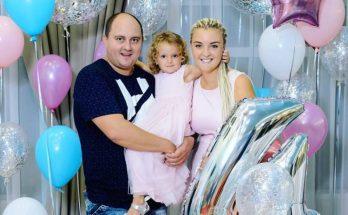 Жена Юрия Ткача показала совместную фотографию своей дочки и дочки Евгения Кошевого