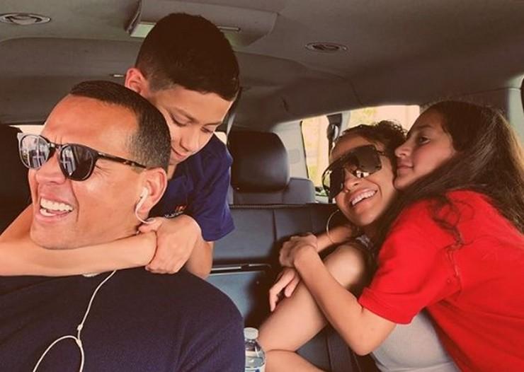 Дженнифер Лопес хочет ребенка от своего возлюбленного