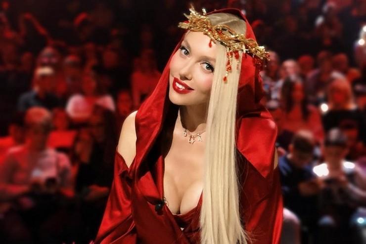 Оля Полякова рассказала о домогательствах известного политика