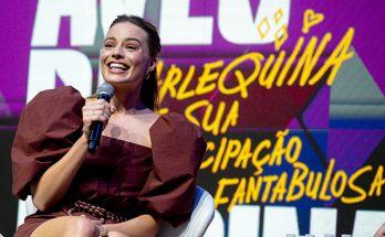 Марго Робби на пресс-конференции фильма «Хищные птицы» в Бразилии
