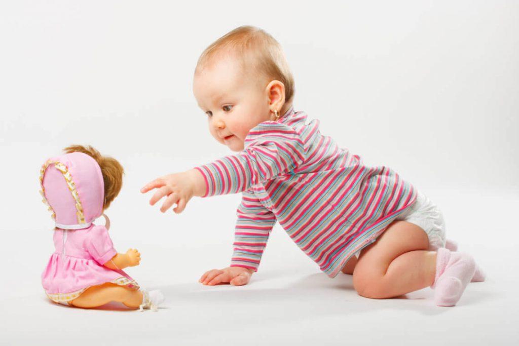 Кукла для ребенка
