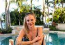 Телеведущая Даша Трегубова похвасталась стройной фигурой на отдыхе на Бали
