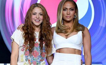 Шакира и Дженнифер Лопес на пресс-конференции Суперкубка в Майами