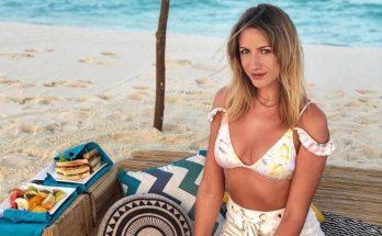 Леся Никитюк похвасталась стройной фигурой в пляжном наряде