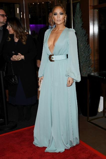 Дженнифер Лопес в нежном платье Elie Saab на светском мероприятии в Лос-Анджелесе