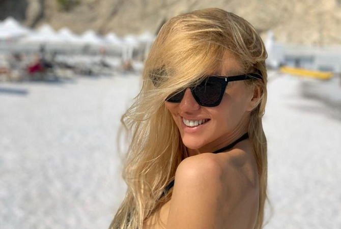 Оля Полякова показала поклонникам фотографии младшей дочери с отдыха в Мексике
