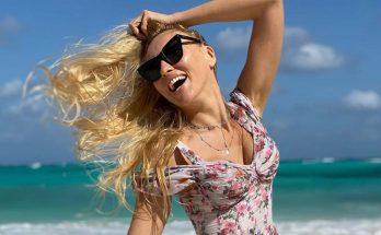 Оля Полякова продемонстрировала несколько стильных пляжных образов