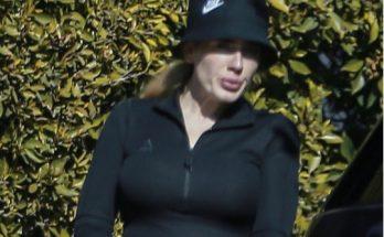 Адель в спортивном топе и леггинсах сфотографировали на улицах Лос-Анджелеса