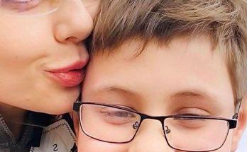 Тина Кароль умилила поклонников фото с сыном