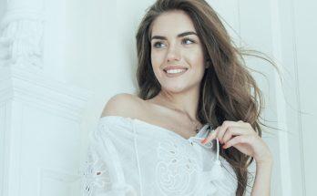 Александра Кучеренко восхитила поклонников снимками в банном халате