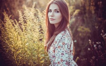 Беременная Антонина Паперная продемонстрировала стильный весенний образ