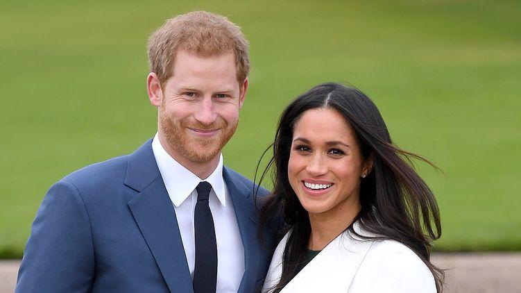 Принц Гарри и Меган Маркл не сложат с себя королевские обязанности