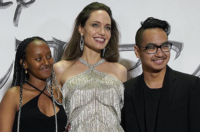 Анджелина Джоли заговорила о возвращении старшего сына из Южной Кореи