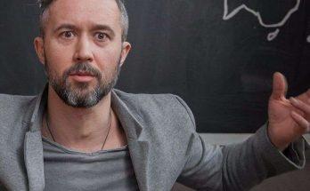 «Новые навыки»: Сергей Бабкин сделал стрижку своему старшему сыну