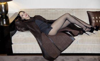 Моника Беллуччи блеснула шикарными ногами в фотосессии для глянца