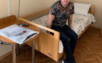 Известный комик Дядя Жора попал в больницу с инсультом