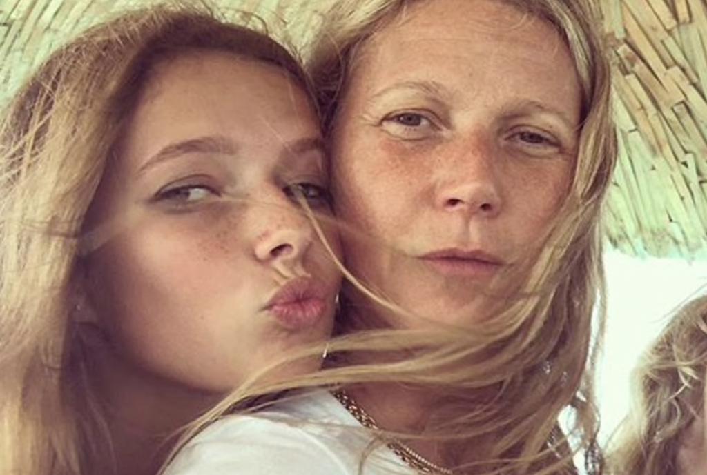 Гвинет Пэлтроу опубликовала редкие снимки своей дочки