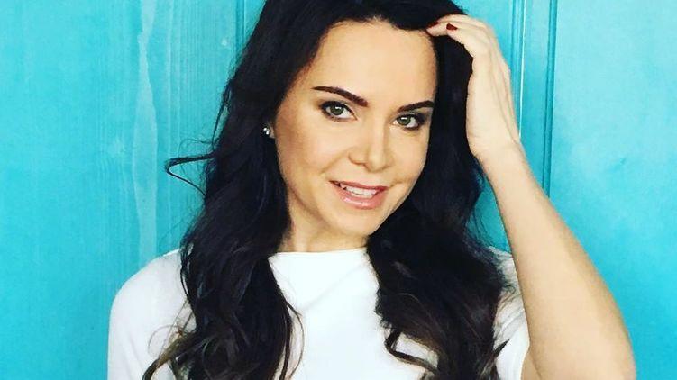 Лилия Подкопаева показала себя в вышиванке
