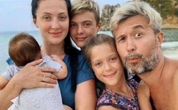 Подрастающий музыкант: Сергей Бабкин очаровал поклонников снимком младшего сына