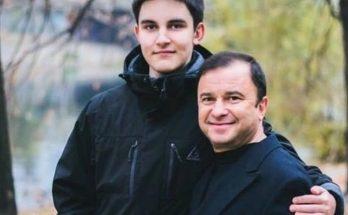 Сын Виктора Павлика прекращает бессмысленное лечение рака