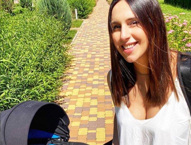 Джамала впервые вышла на прогулку с новорожденным сыном
