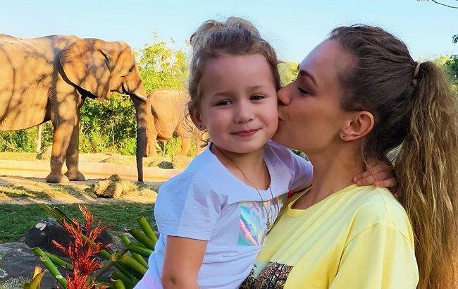 Яна Соломко поздравила дочку с днем рождения