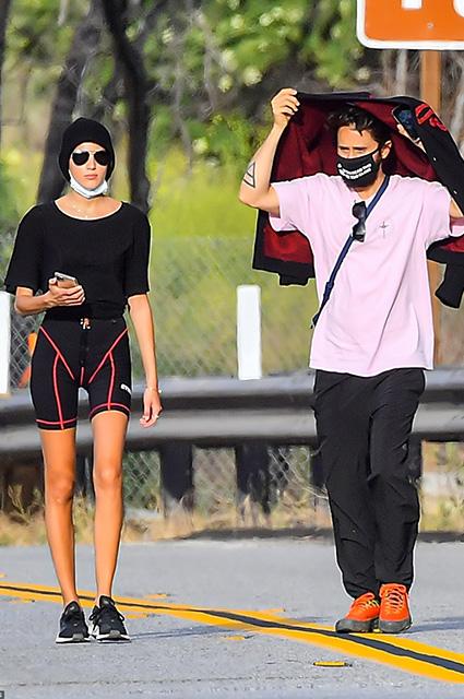 Джаред Лето cо своей девушкой прогулялся по Малибу