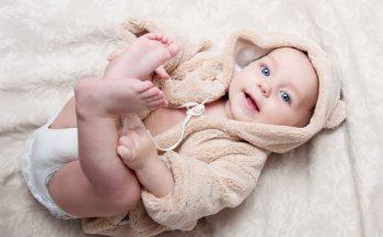 Как правильно выбрать одежду для младенцев