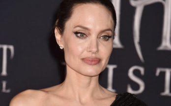 Шопинг с сыном: Анджелину Джоли и ее сына Нокса сфотографировали в Лос-Анджелесе