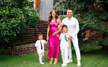 Их не остановить: Григорий Решетник поделился снимком беременной жены, скоро он станет отцом в третий раз