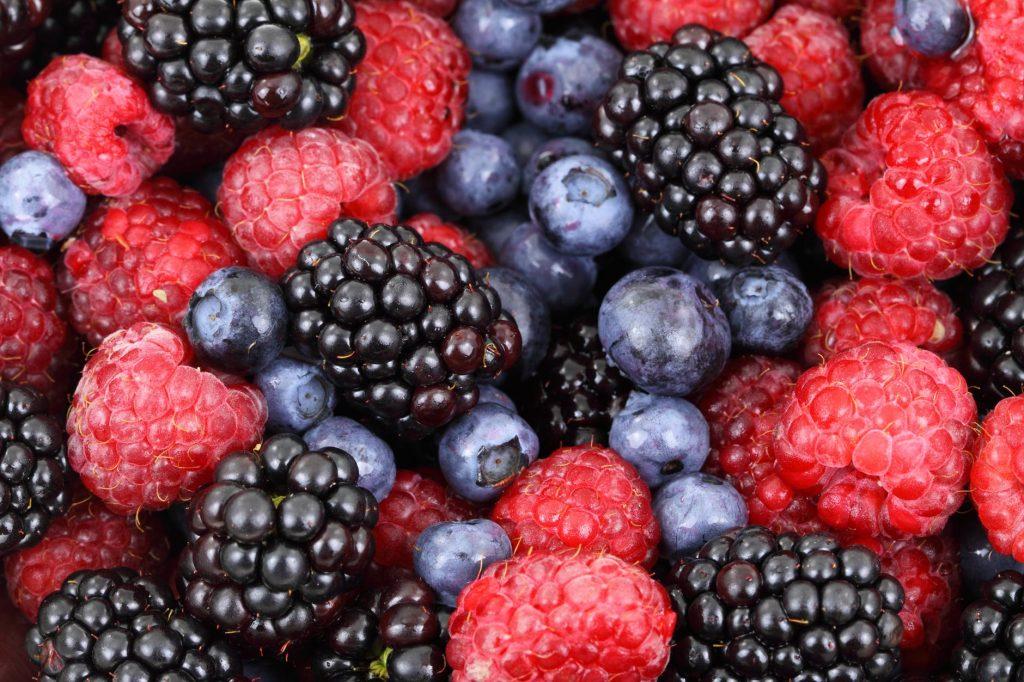 Cамые полезные летние ягоды для похудения