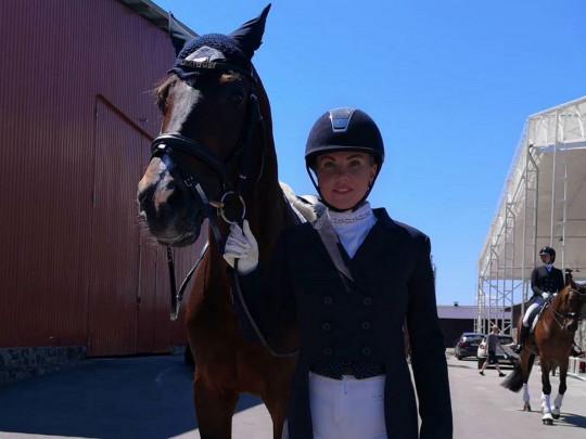 Камалия рассказала, сколько тратит на свое увлечение конным спортом